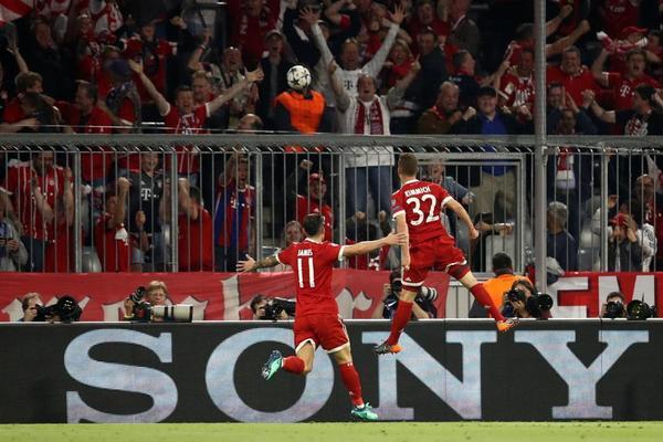 Imagen del gol de Kimmich en el partido entre el Real Madrid y el Bayern de Múnich de Champions League