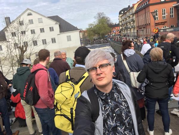 Godmorgon! Och välkommen till liverapporteringen från sista april i Uppsala! Jag heter Felix Blom och kommer vara med dig hela dagen. Snart drar forsränningen igång, nu kör vi!