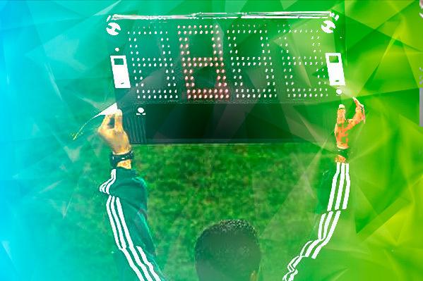 Min 87 Se retira ovacionado Soler y entra Ferrán Torres.