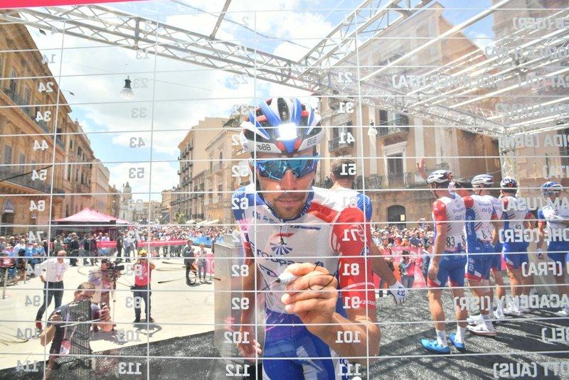 THIBAUT PINOT (FDJ), ganador del Tour de los Alpes, es uno de los candidatos a ganar en el Etna