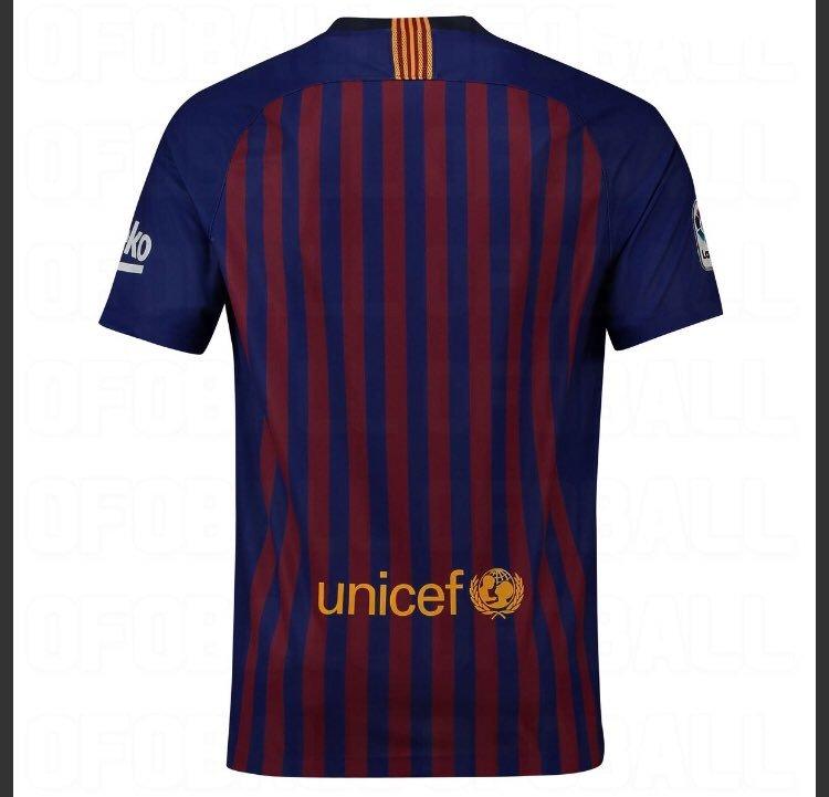 Otra vista de la nueva camiseta del Barcelona