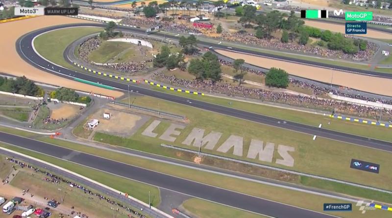 Warm up lap en Le Mans.