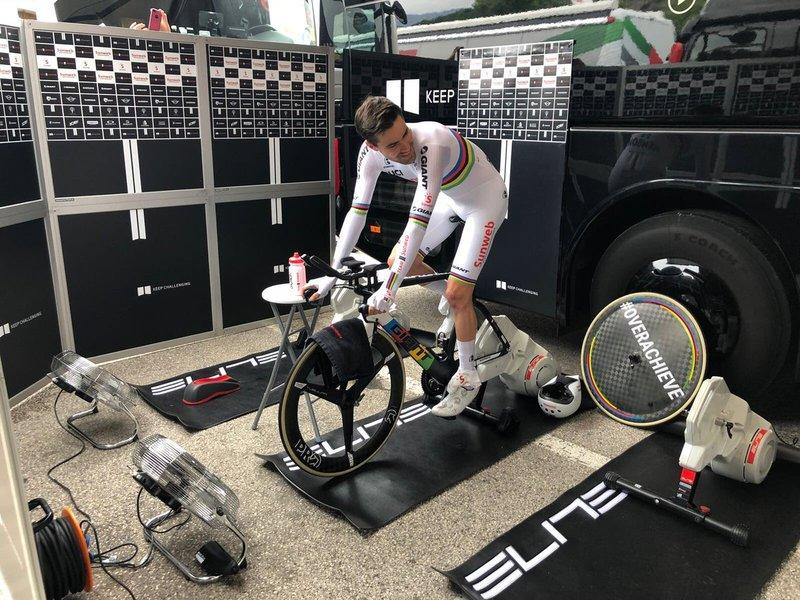 TOM DUMOULIN (Sunweb), gran favorito para ganar la etapa de hoy. ¿Conseguirá la maglia rosa?