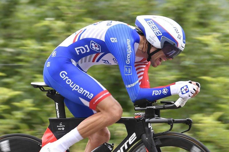 Thibaut PINOT (Groupama-FDJ) está sufriendo en esta crono larga del Giro de Italia