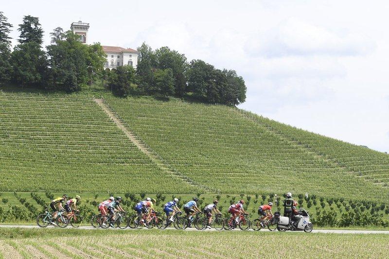 UNO de estos 12 ciclistas ganará hoy la 18ª etapa del Giro de Italia