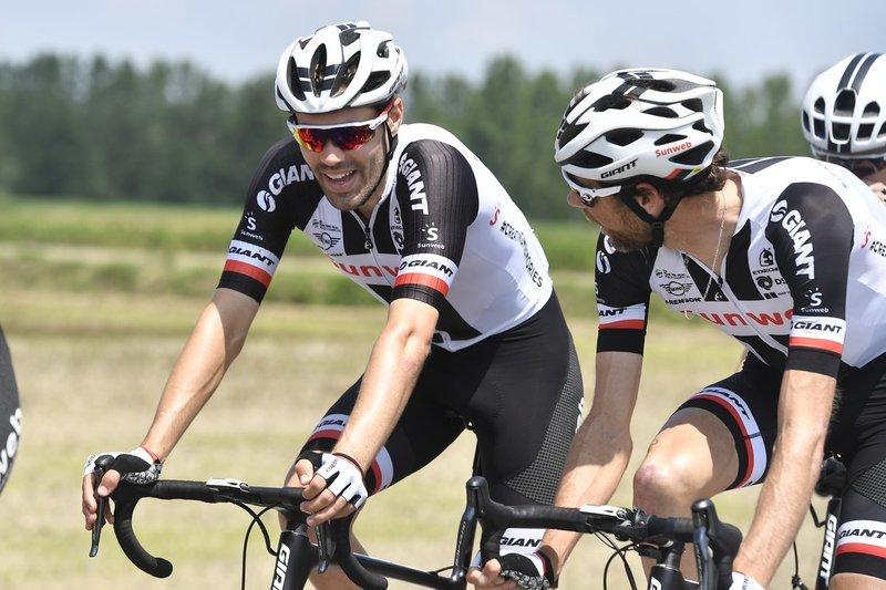 TOM DUMOULIN (Sunweb) tiene que recuperar casi un minuto en el tríptico de montaña para volver a ganar el Giro de Italia. ¿Lo conseguirá?