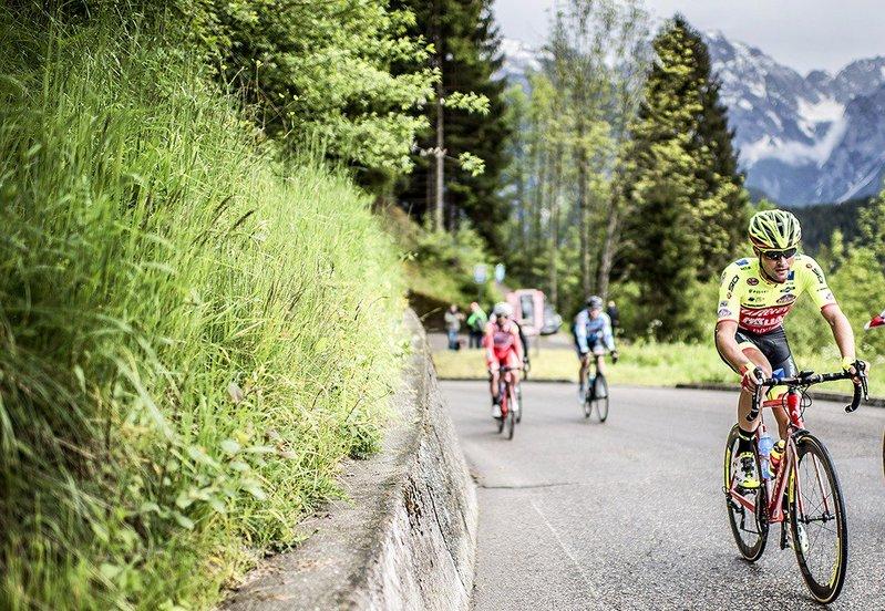 ALEX TURRIN (Wilier Triestina) es uno de los ciclistas escapados en esta 18ª etapa del Giro de Italia