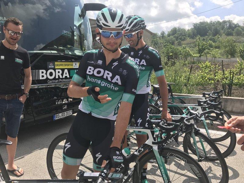 CHRISTOPH PFINGSTEN (BORA) ha abandonado por un día sus funciones de gregario en este Giro de Italia. Es uno de los 12 escapados en la jornada de hoy