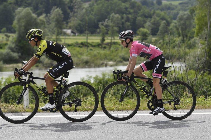SIMON YATES (Mitchelton Scott) puede ampliar su ventaja en la general. Difícilmente va a perder tiempo en la etapa de hoy en el Giro de Italia