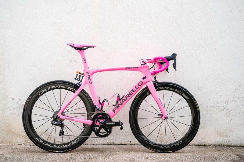 La bici especial de Chris Froome para celebrar la victoria en el Giro