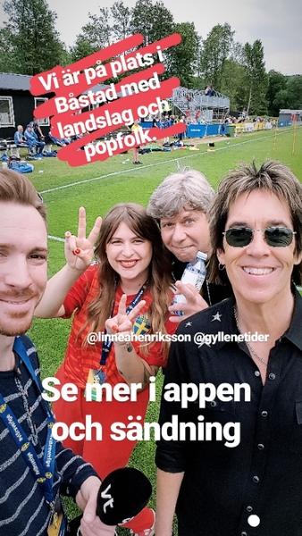 """Jag hittade nyss några bekanta ansikten i Båstad. Med låten """"Bäst när det gäller"""" ska Gyllene tider och Linnea Henriksson peppa VM-laget till framgång. Hur tror ni det går i VM?"""