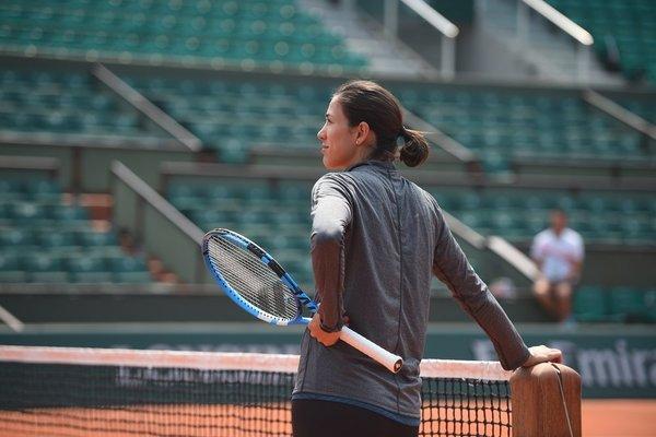 Garbiñe Muguruza avanza a la tercera ronda del Roland Garros