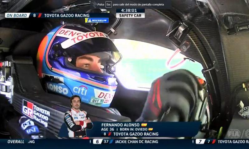 Alonso, ya en el coche