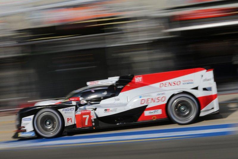 Toyota TS050 con dorsal 7 que no pilota Fernando Alonso