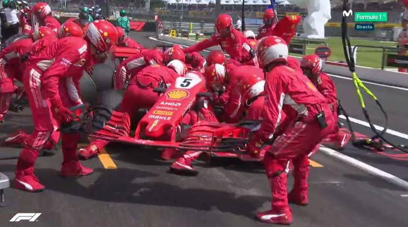 Vettel ha tenido que cambiar el morro.