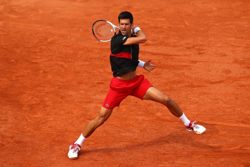 Djokovic, en acción contra Cecchinato