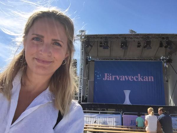 Nu startar Järvaveckan 2018! Vi på SVT Nyheter Stockholm är på plats på Spånga IP från klockan 15 varje dag. Ställ gärna frågor direkt till oss här i flödet.