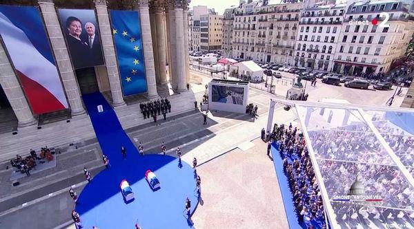 Simone Veil et son époux Antoine au Panthéon : revivez la cérémonie présidée par Emmanuel Macron E18ba291-281a-4e77-88d5-3b9fc848254a