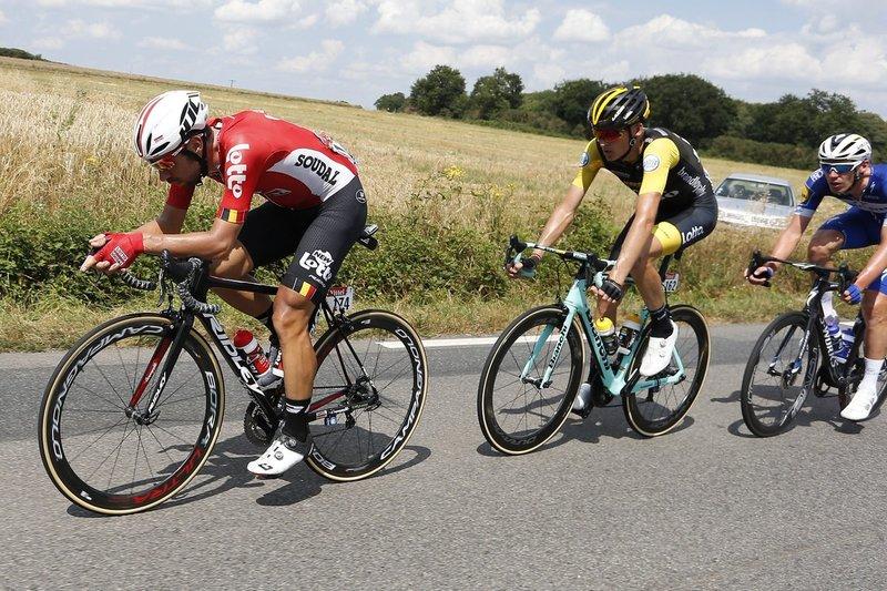En la etapa de hoy en el Tour de Francia hemos visto dos gregarios de lujo: Thomas de Gendt (Lotto Soudal) y Robert Gesink (Lotto Jumbo)