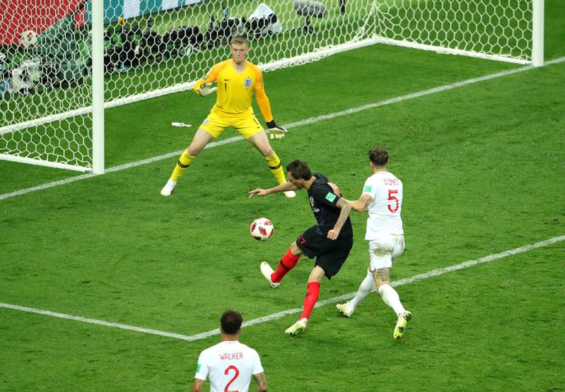 Otra perspectiva del gol que le puede dar a Croacia su primera final en un Mundial