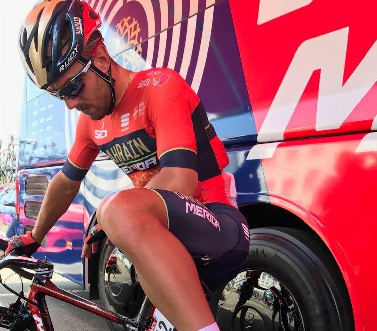 SONNY COLBRELLI (Bahrain) está haciendo un gran inicio de Tour de Francia. Por el momento, doble segundo puesto de etapa por detrás de Peter Sagan (Bora)