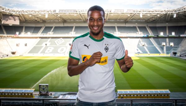 Alassane Pléa, nuevo jugador del Borussia Mönchengladbach