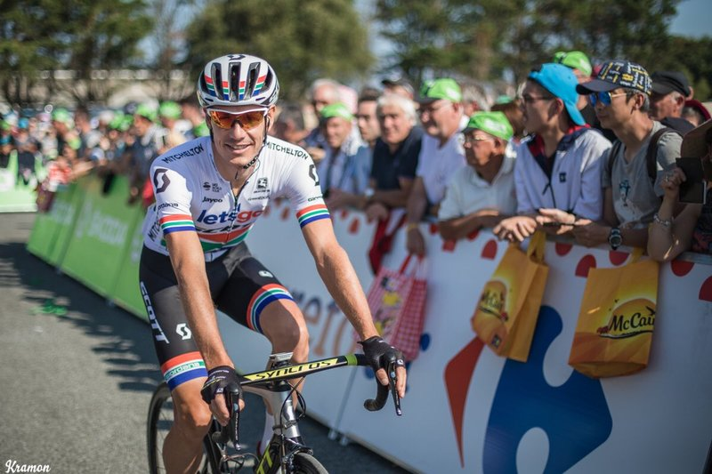 DARYL IMPEY (MItchelton Scott) es uno de los escapados en la etapa de hoy en el Tour de Francia 2018