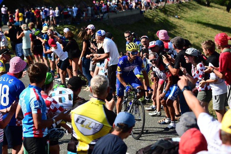 EXHIBICIÓN de Julian Alaphilippe (Quick-Step) en esta 10ª etapa del Tour de Francia 2018