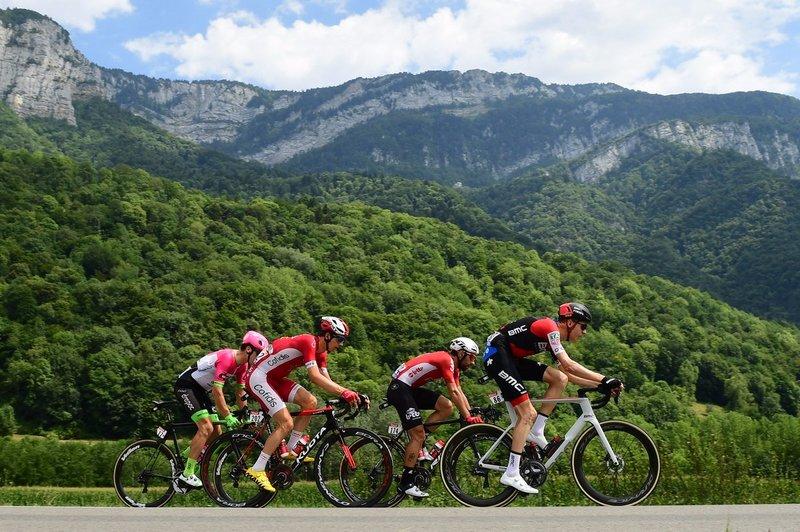 Los cuatro escapados del día en el Tour de Francia 2018, muy controlados por el gran grupo