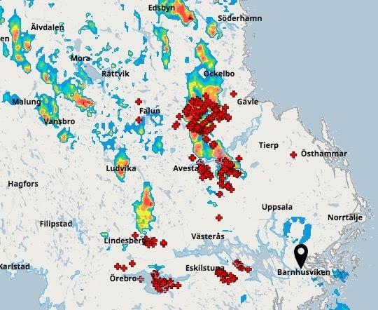 Karta Over Skogsbrander I Sverige.Karbole Evakueras Italienskt Brandflyg Bekampar Eld Aftonbladet