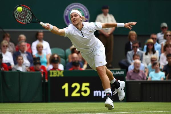 Lukas Lacko, eslovaco de 30 años y nº 73 mundial. Puede pisar la central de Wimbledon, un privilegio, aunque sea a costa de medirse al rey de los ocho títulos FOTO: GETTY
