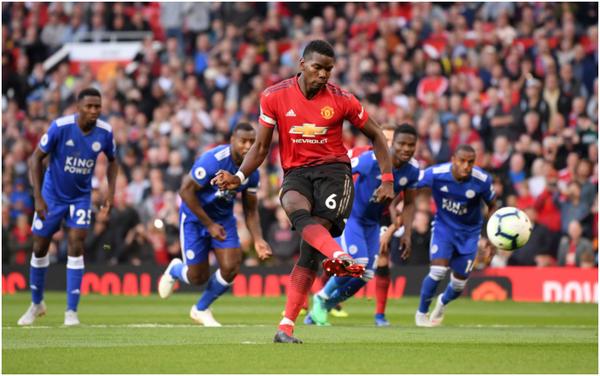 45+1' - Finisce il primo tempo. Manchester United avanti 1-0 grazie al rigore di Pogba
