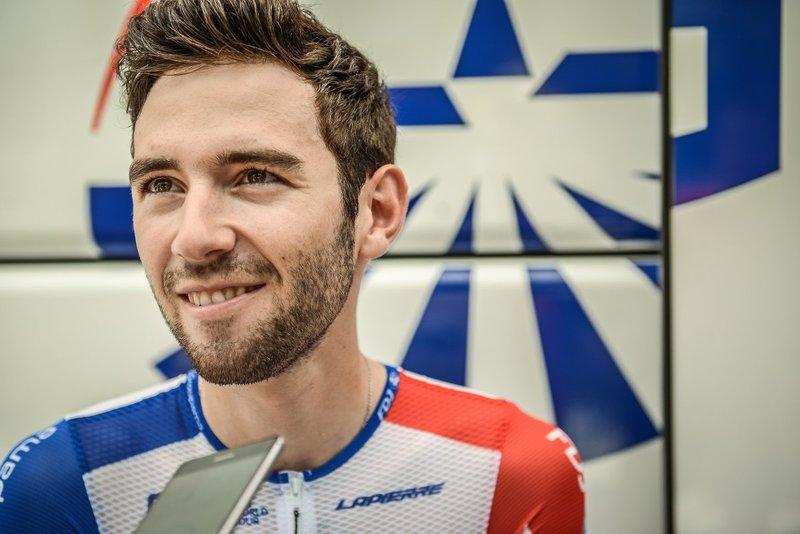 Ben Thomas (Groupama-FDJ) toma la salida. Fue el mejor joven de la Vuelta 2018 en la contrarreloj de Málaga
