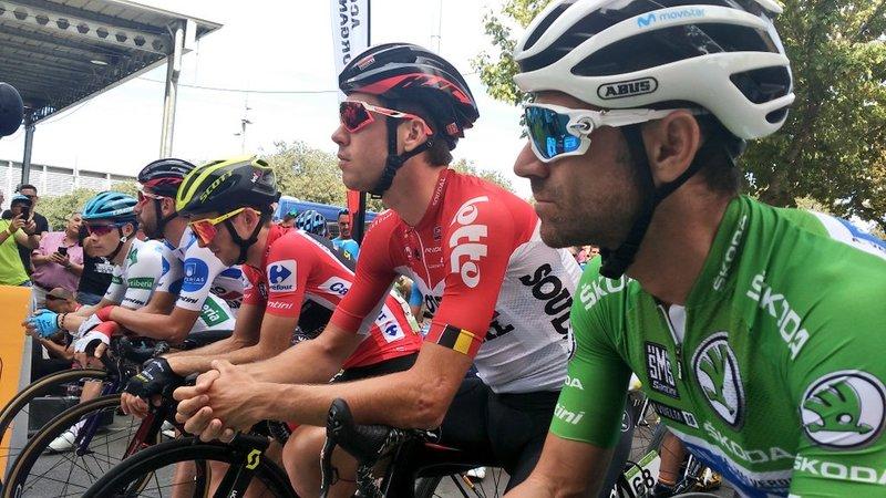 SALIDA de la 19ª etapa de la Vuelta en Lleida