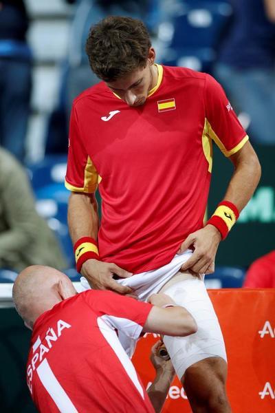 Pablo Carreño, lesionado. Se resintió del aductor de la pierna izquierda ante Benoit Paire y adiós también a las opciones de estar en los individuales del domingo FOTO: AP