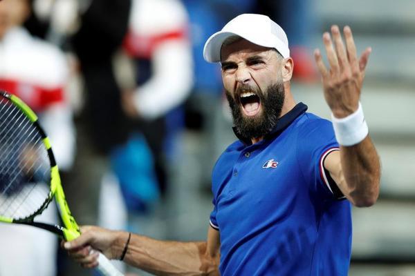 Benoit Paire, reacción increíble tras ir abajo en el primer set y enseñando todo su talento. En su debut en Copa Davis, a los 29 años FOTO: AP
