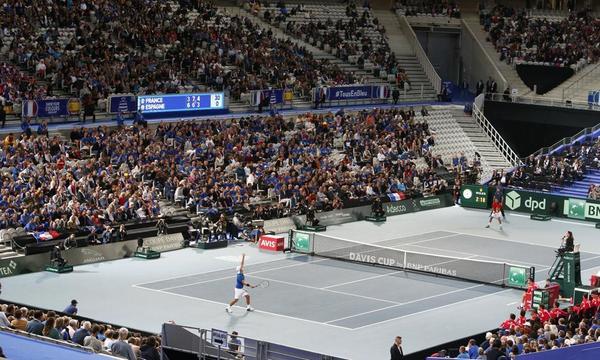 Quinto set en Lille en el Pouille-Bautista FOTO: AP