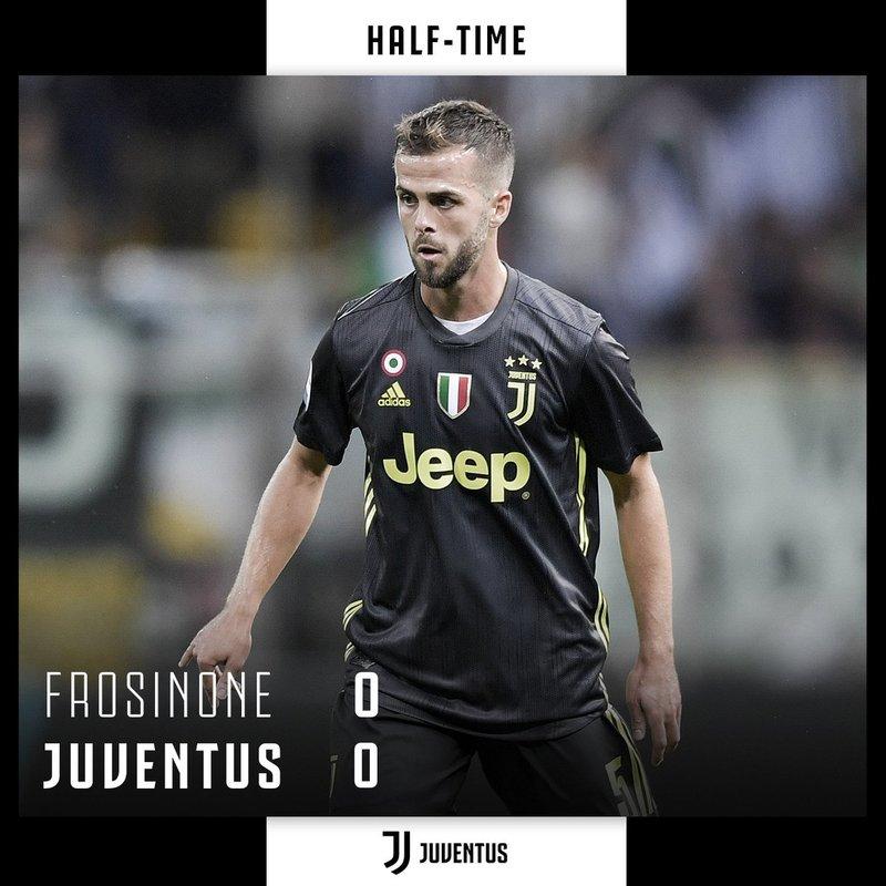 Pjanic ha sido de los mejores de la Juventus distribuyendo juego al descanso del partido (Juventus)