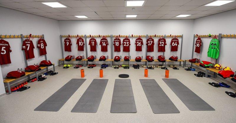 Así está el vestuario del Liverpool