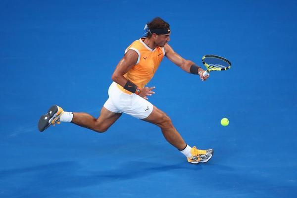 Rafa Nadal jugando un partido perfecto ante Alex de Miñaur. Haciendo lo que tenía programado. Fluye el tenis FOTO: GETTY