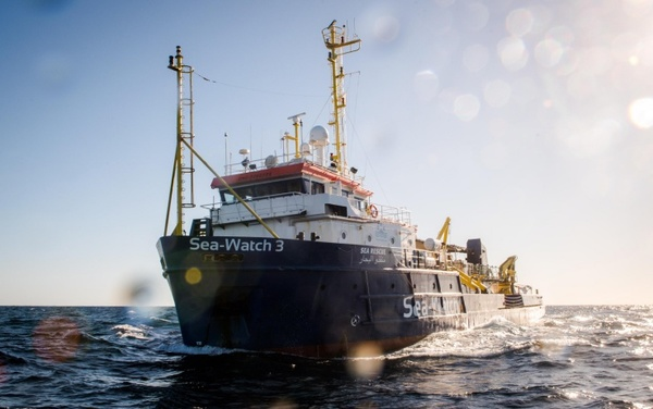 Sea Watch, lo sbarco a Catania