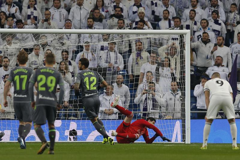 Courtois no tuvo opción en el lanzamiento de penalti de Willian José
