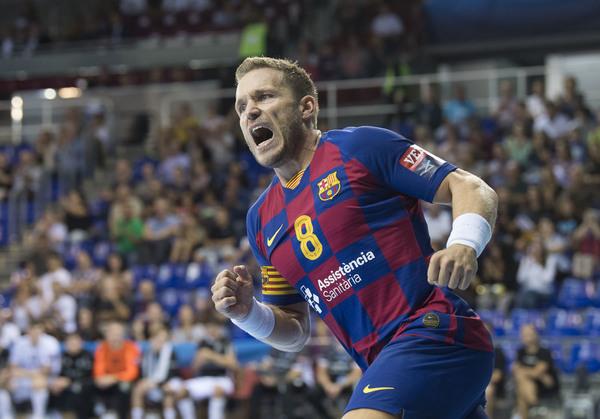 Víctor Tomàs, celebrando uno de sus goles al Elverum