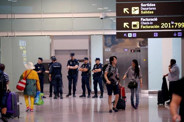 España: vuelos cancelados y protestas en el aeropuerto de Barcelona