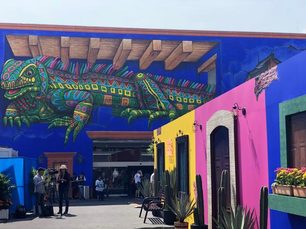 Aquí estamos! Ecco il coloratissimo paddock del Messico 🇲🇽