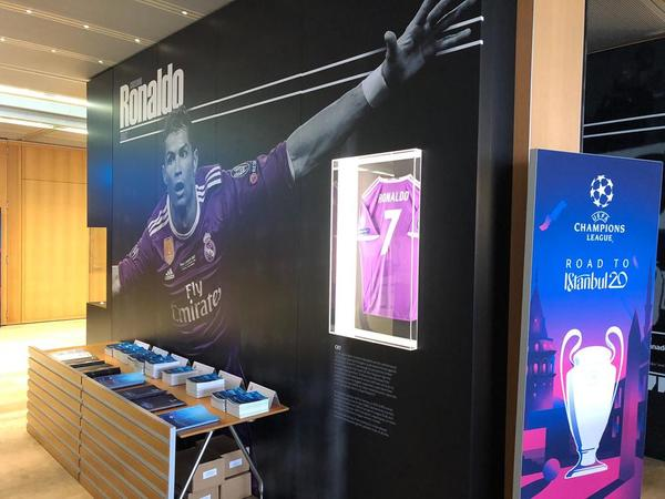 Cristiano Ronaldo también tiene su espacio reservado. (Foto: Sergi Solé)