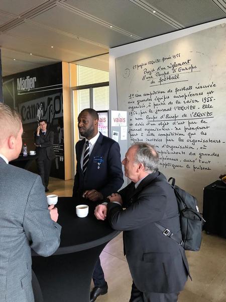 El representante del Tottenham, Ledley King. (Foto: Sergi Solé)