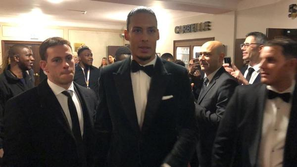 Van Dijk, el gran 'rival' de Messi en la Gala, ya ha llegado FOTO: FERRAN MARTÍNEZ