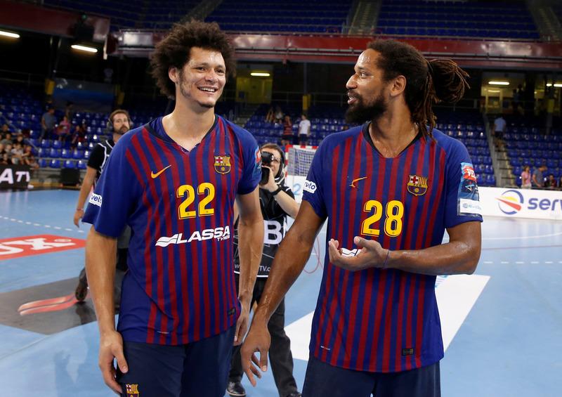 Los jugadores azulgrana Petrus y Duarte
