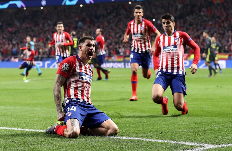 Así celebró Giménez su gol
